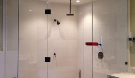 Bodengleiche Dusche: Wichtige Tipps zur ebenerdigen Variante